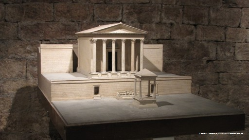 Roman Temple in Antiquity