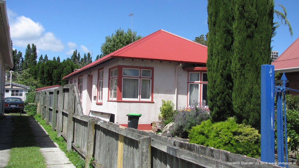 Modest plaster home in Central Christchurch